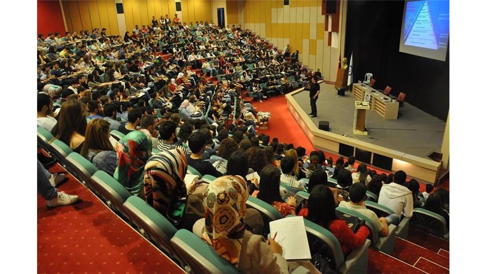 Beykent Üniversitesi Sertifikalı Kişisel Gelişim Zirvesi