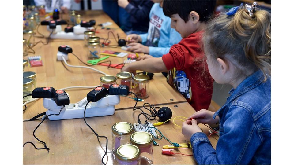Filika Eğitim Atölyesi Çalıştayları: Ses Çıkaran Kavanozlar
