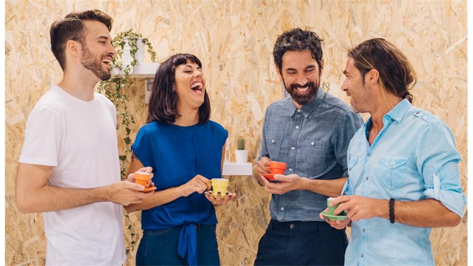 Kahkaha Yogası: İş ve Sosyal Hayatta Mutlu Olmak için Koşulsuz Kahkaha