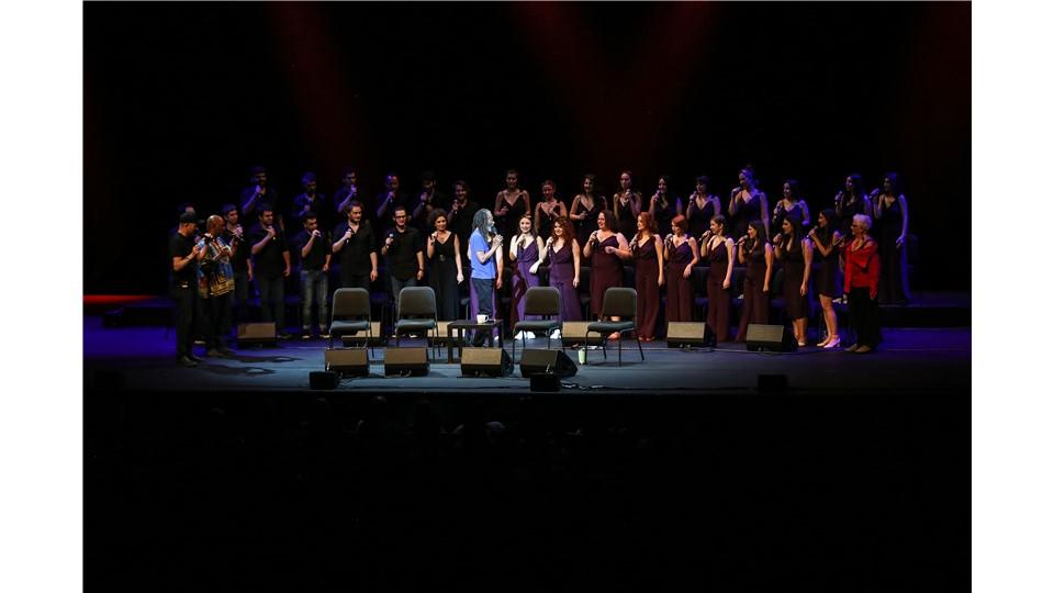 Chromas Avrupa Turnesi Lansman Konseri