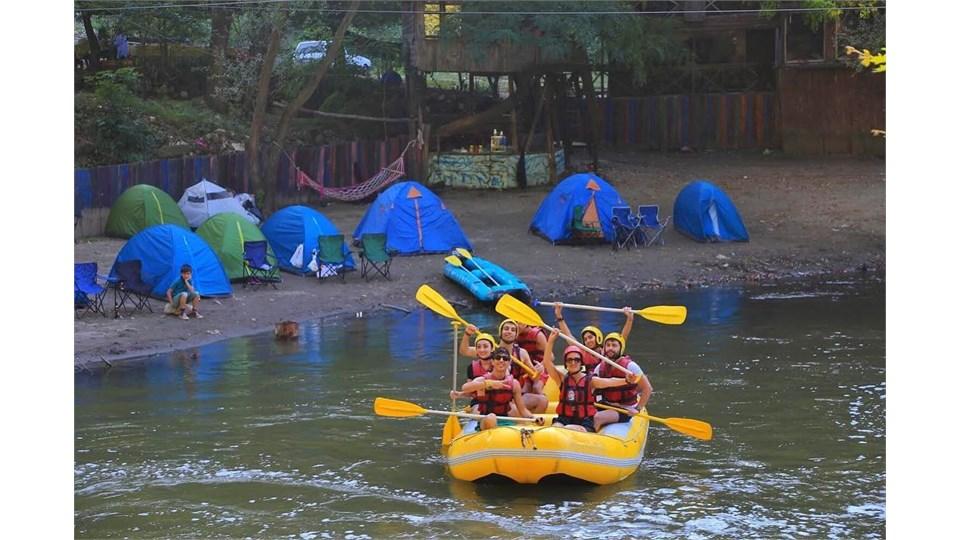 Nehirevi Rafting Kampı 10